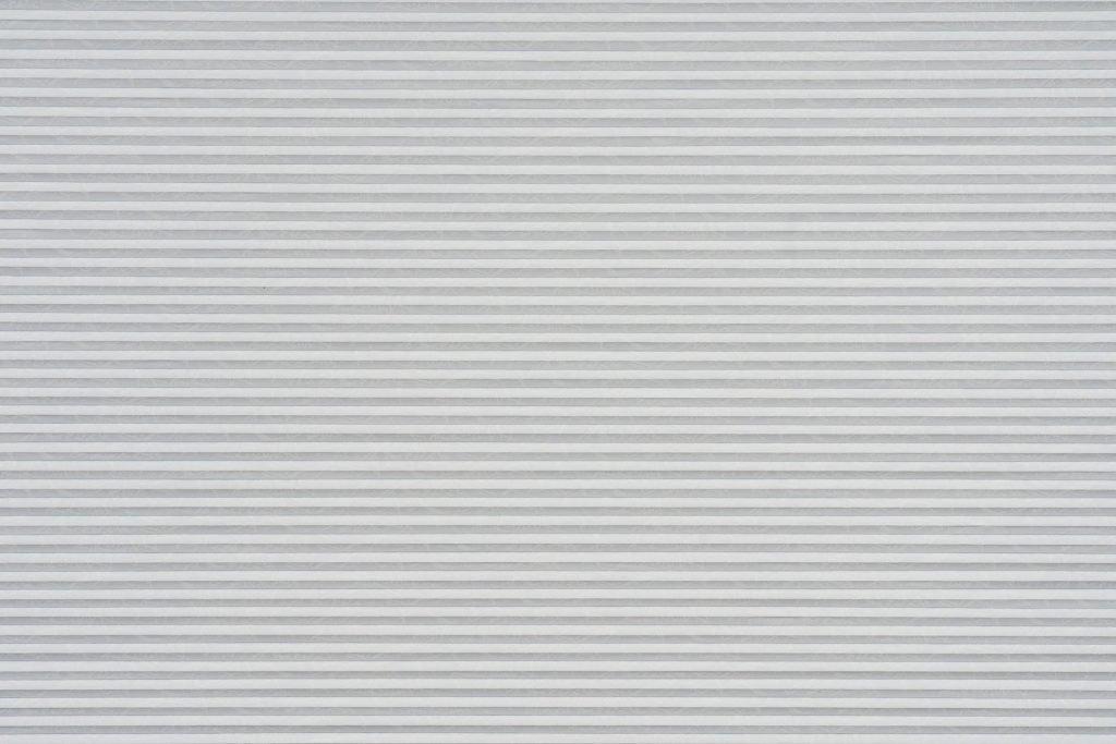Duette® serien Montana 294604-0201-5. Bildet er tatt med lys forfra. Tekstilet er lystett.