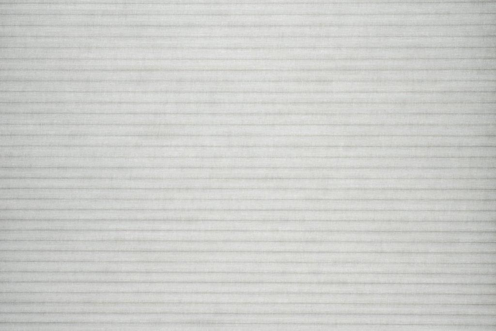 Duette® serien Elan 32mm 294630-0633-5. Bildet er tatt med lys bakfra (dag).