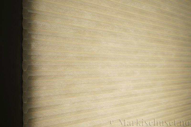 Duette tekstil Fulltone 294071-0161 Elfenbenshvit farge.
