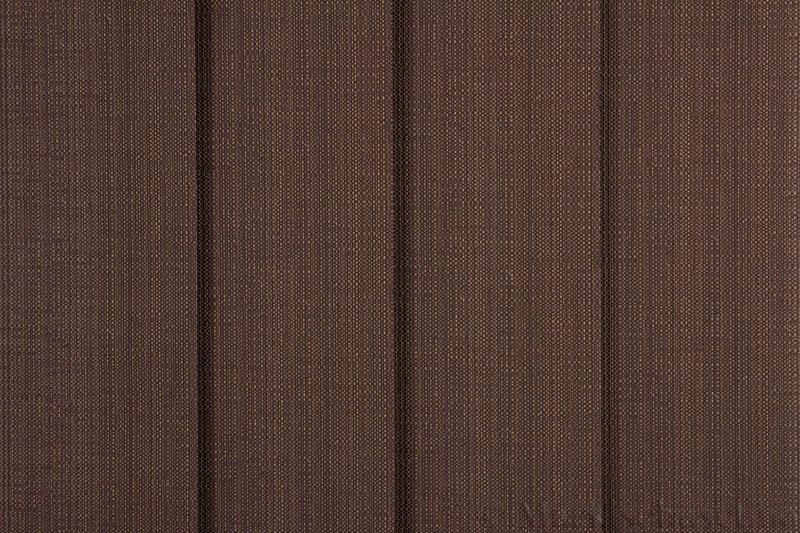 Lamellgardin tekstil serien Corneille FR 250245-4900 farge Kaninbrun. Bildet er tatt med lys forfra.