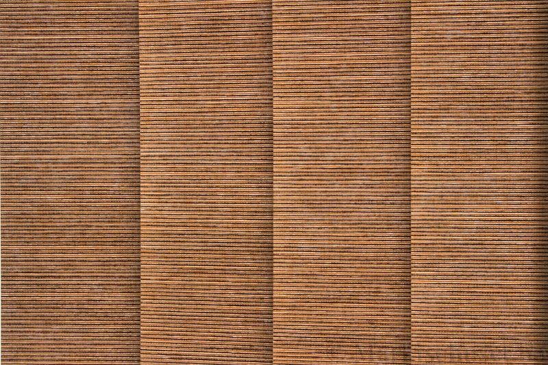 Lamellgardin tekstil serien Ontario 250505-5310 farge Mørk Strå. Bildet er tatt med lys bakfra.