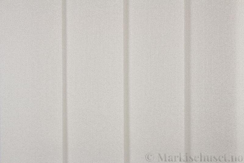 Lamellgardin tekstil serien Opal FR 251235-0251 farge Kremhvit. Bildet er tatt med lys forfra.