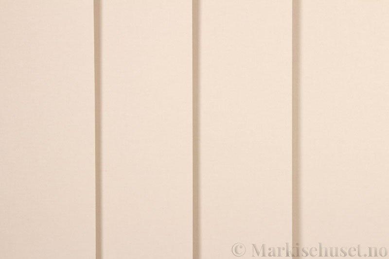 Lamellgardin tekstil serien Oscura Color 251285-5190 farge Lys Beige. Bildet er tatt med lys forfra.
