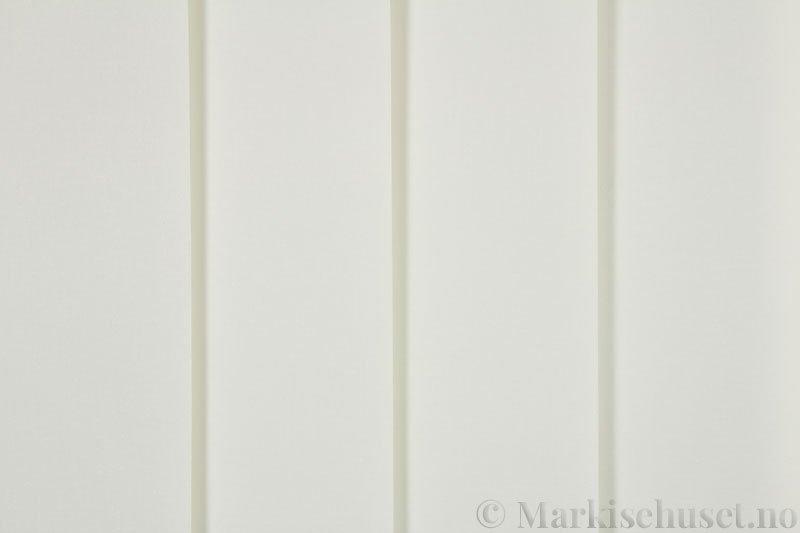 Lamellgardin tekstil serien Lumina 251625-0444 farge Lys Lin. Bildet er tatt med lys forfra.
