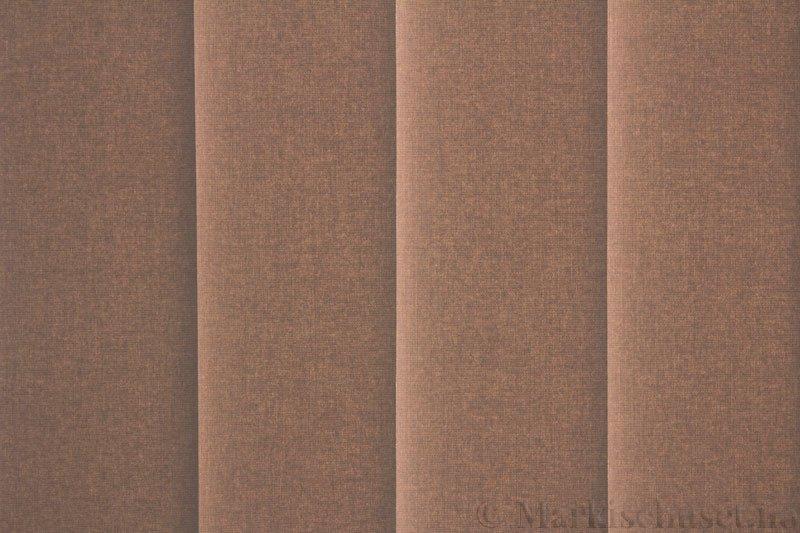 Lamellgardin tekstil serien Lumina 251625-4790 farge Mørk Lin. Bildet er tatt med lys bakfra.