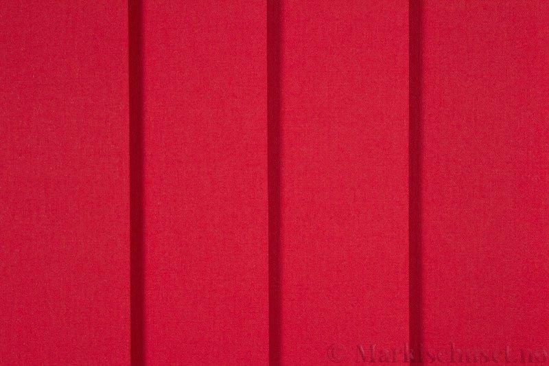 Lamellgardin tekstil serien Lumina 251625-5730 farge Tangorød. Bildet er tatt med lys forfra.