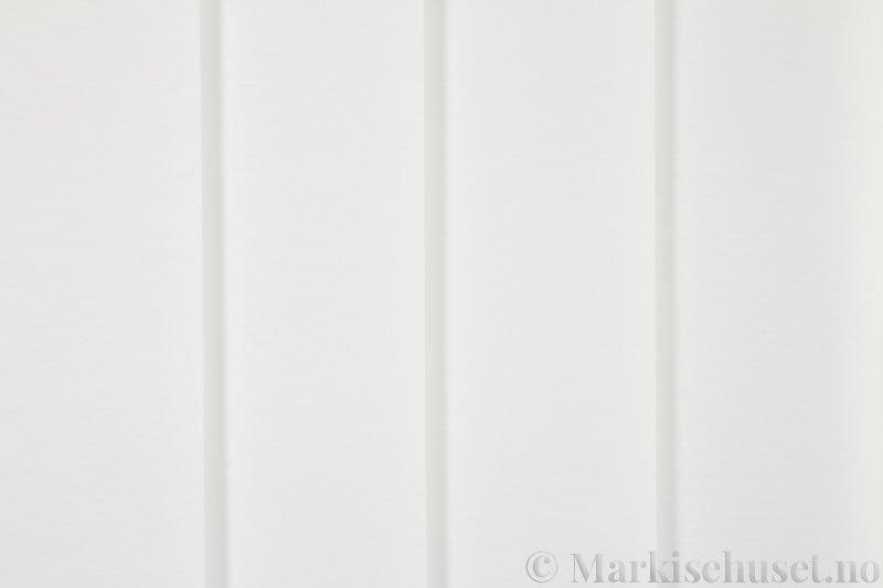 Lamellgardin tekstil serien Baseline Dustblock 251635-0204 farge Eggehvit. Bildet er tatt med lys forfra.