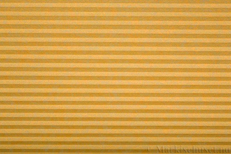 Plisségardin tekstil serien Trends 290260-4249 Gul farge. Bildet er tatt med lys forfra.