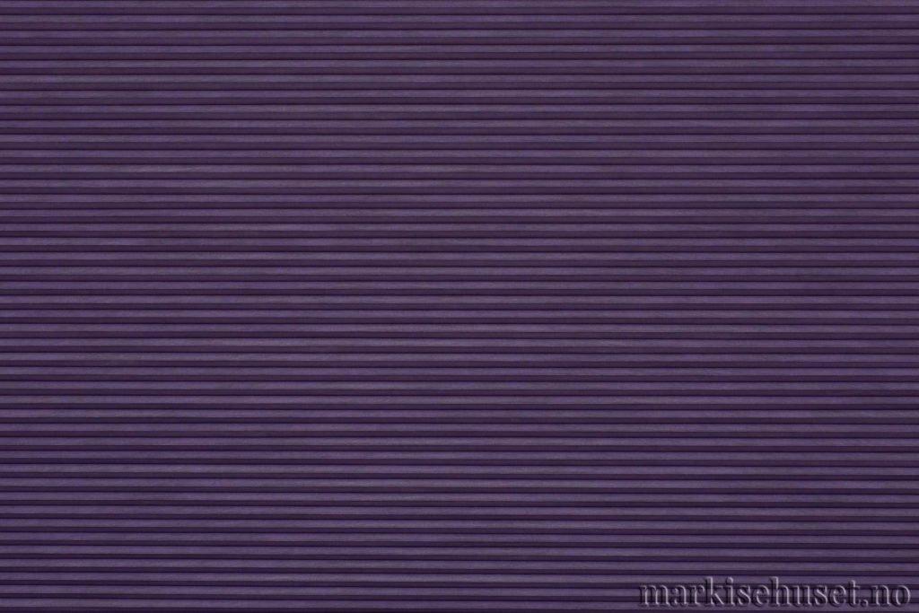 """Duette tekstil i serien Duotone 25mm. Farge: """"RichAmethyst"""". Bildet er tatt med lys forfra."""