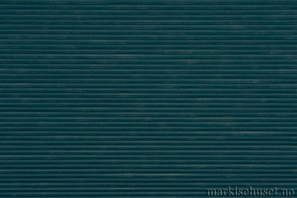 """Duette tekstil i serien Duotone 25mm. Farge: """"BrittanyBlue"""". Bildet er tatt med lys forfra."""