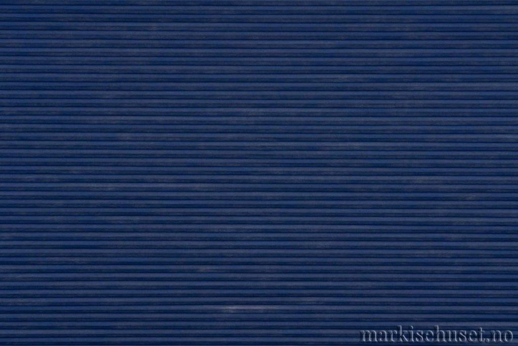 """Duette tekstil i serien Duotone 25mm. Farge: """"IndiaInk"""". Bildet er tatt med lys forfra."""