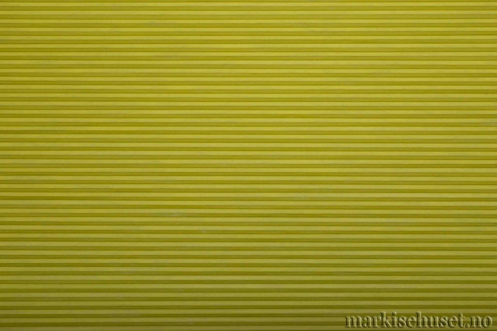 """Duette tekstil i serien Duotone 25mm. Farge: """"GreenApple"""". Bildet er tatt med lys forfra."""