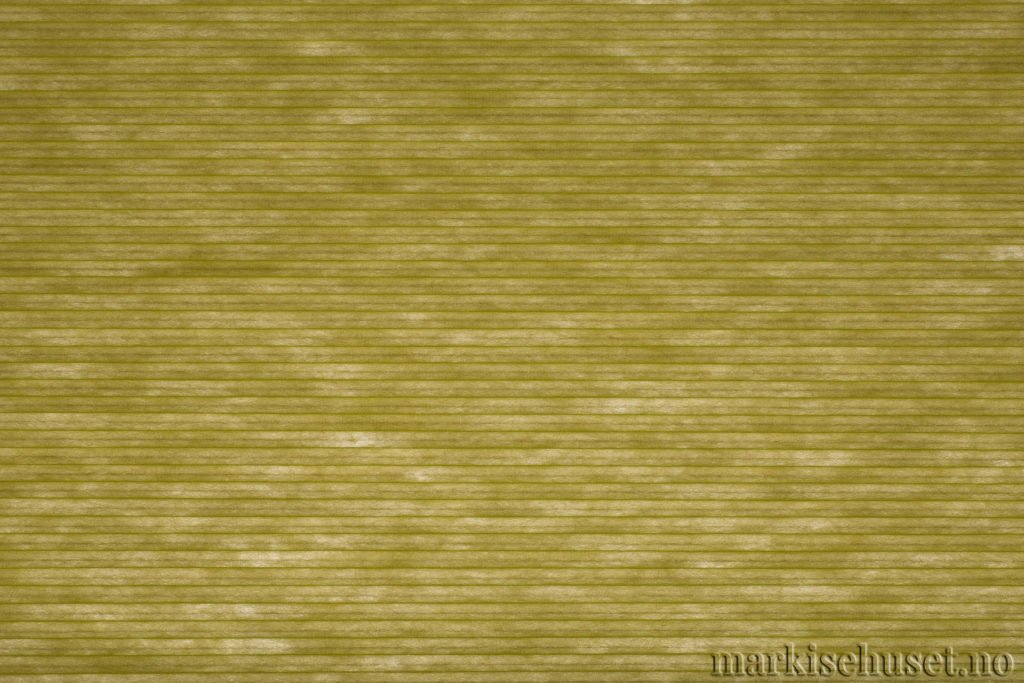 """Duette tekstil i serien Duotone 25mm. Farge: """"GreenApple"""". Bildet er tatt med lys bakfra."""