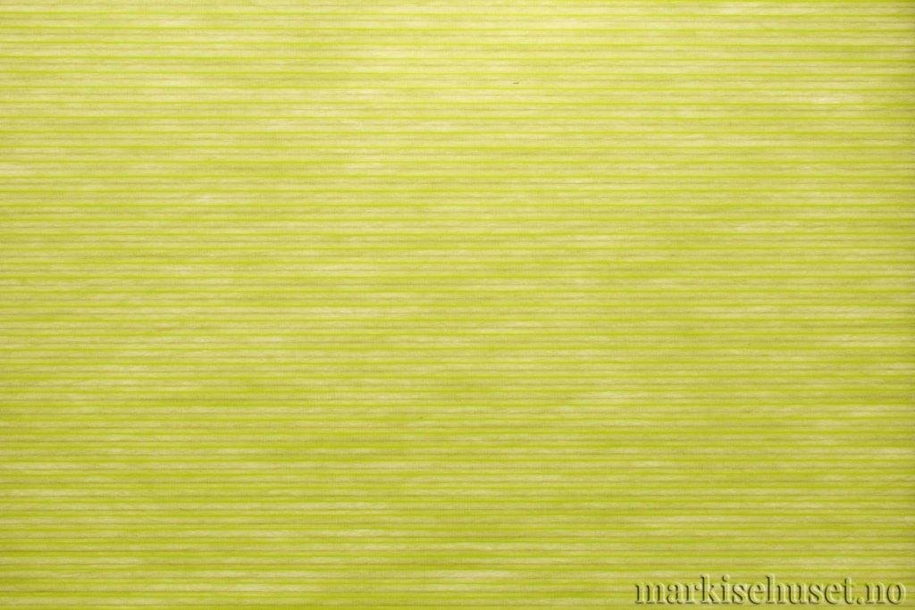"""Duette tekstil i serien Duotone 25mm. Farge: """"BrightSpring"""". Bildet er tatt med lys bakfra."""
