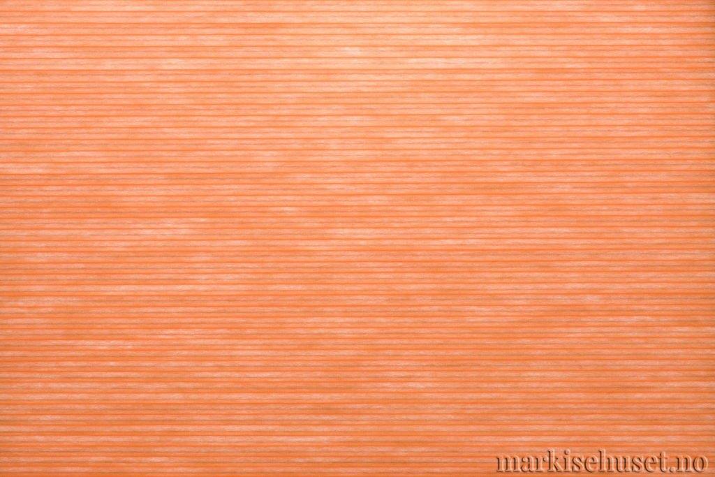 """Duette tekstil i serien Duotone 25mm. Farge: """"Tulip"""". Bildet er tatt med lys bakfra."""