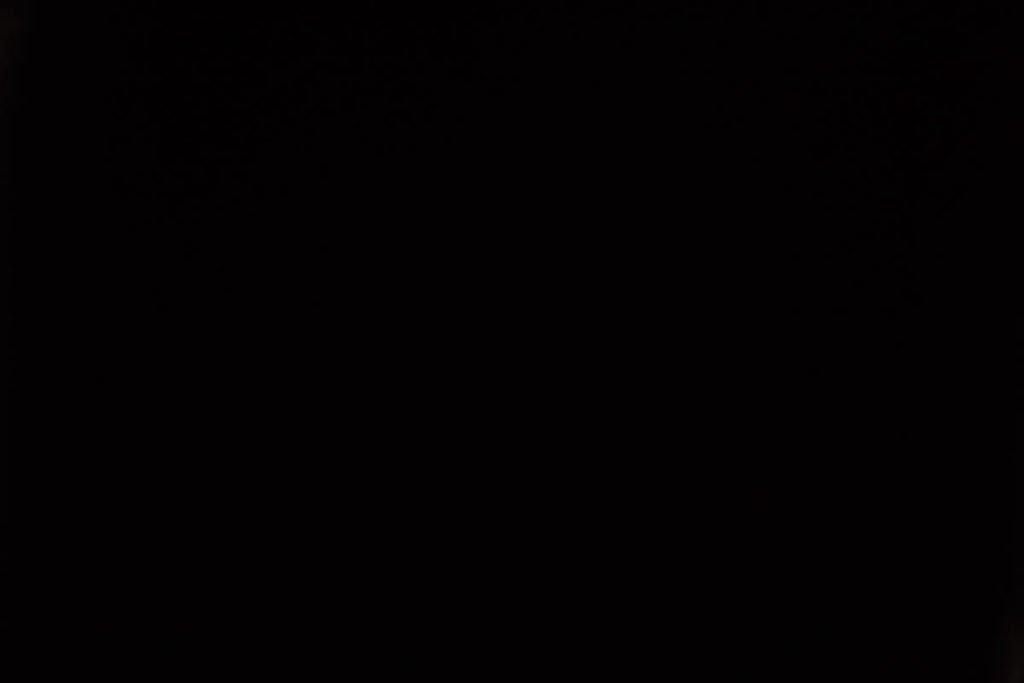 Rullegardin serien Barry Blackout 244456-4542-5, bildet er tatt med lys bakfra.