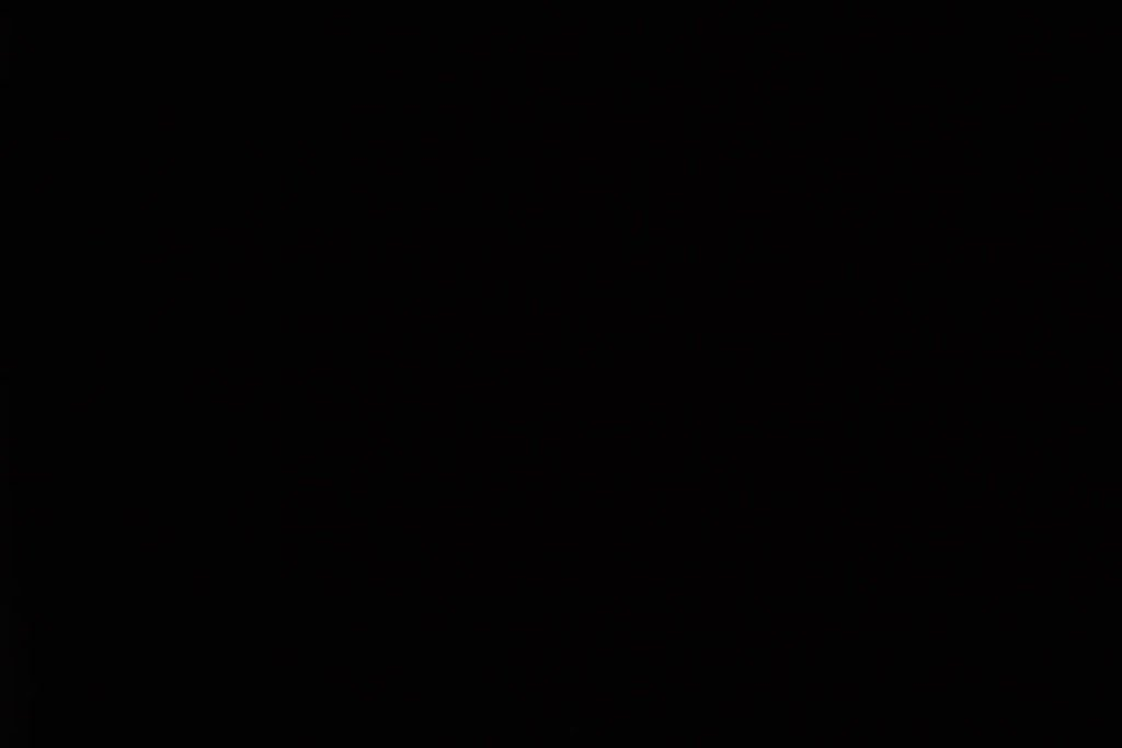 Rullegardin serien Blackout FR XL 244504-0204-5, bildet er tatt med lys bakfra.