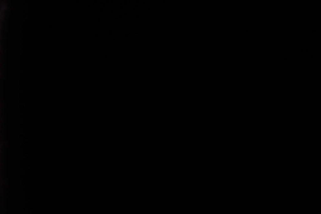 Rullegardin serien Blackout FR XL 244504-1229-5, bildet er tatt med lys bakfra.