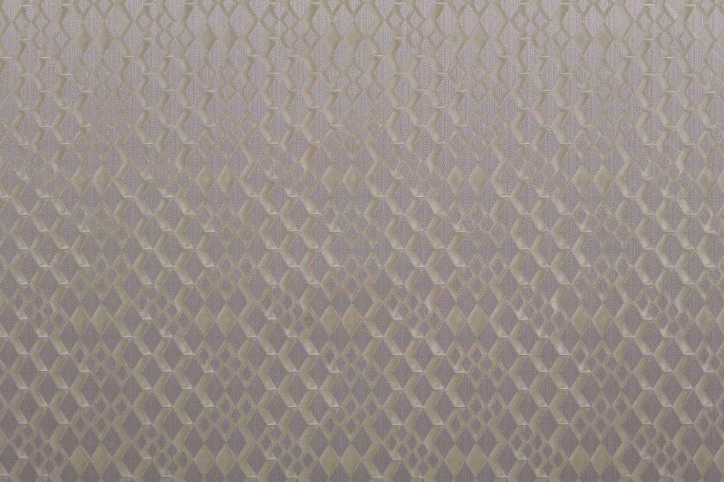 Rullegardin serien Brodie Rhytm 243158-4750-6, bildet er tatt med lys forfra.