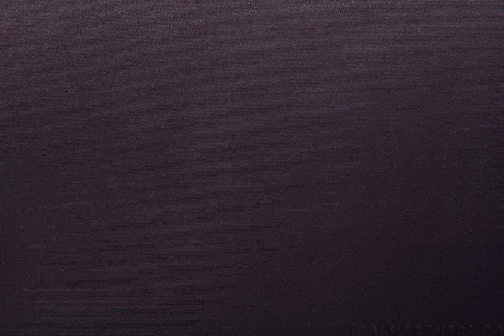 Rullegardin serien Greenscreen ECO Chrome FR 3% 244565-1887-5, bildet er tatt med lys forfra.
