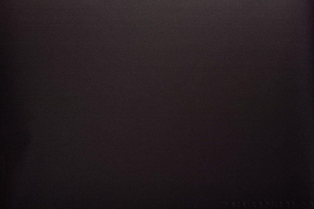 Rullegardin serien Greenscreen ECO FR 1% 244522-1887-4, bildet er tatt med lys forfra.
