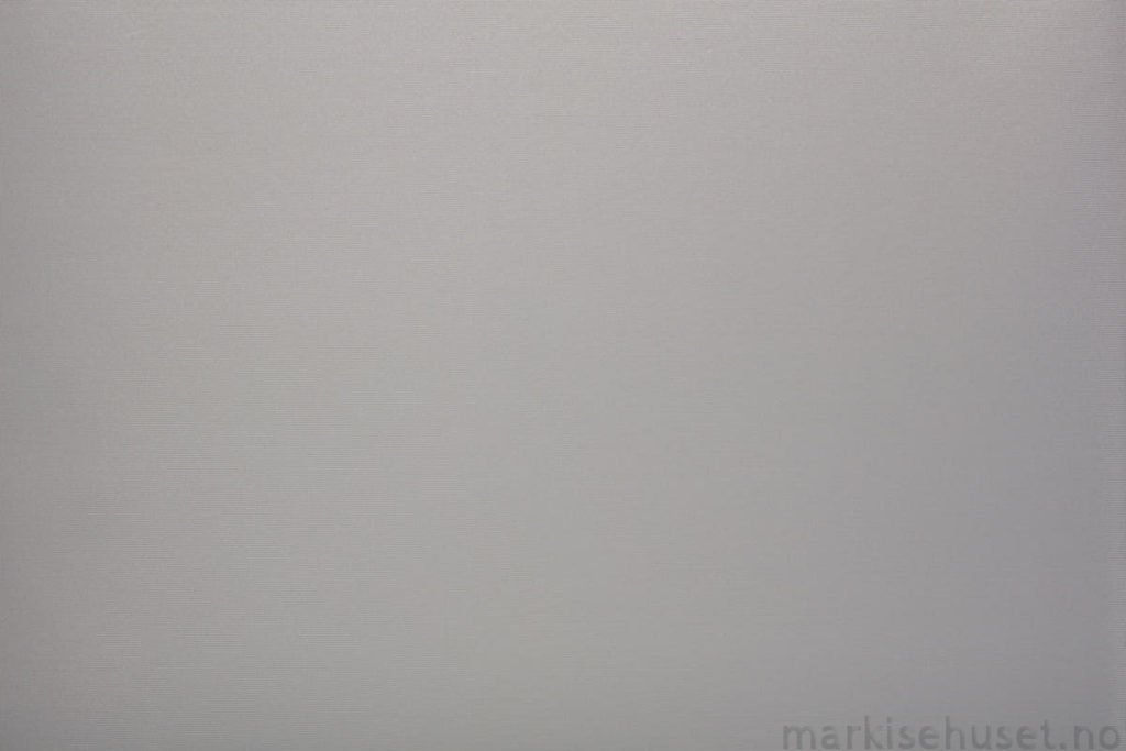 Rullegardin serien Greenscreen ECO FR 5% 244523-1500-4, bildet er tatt med lyset forfra.