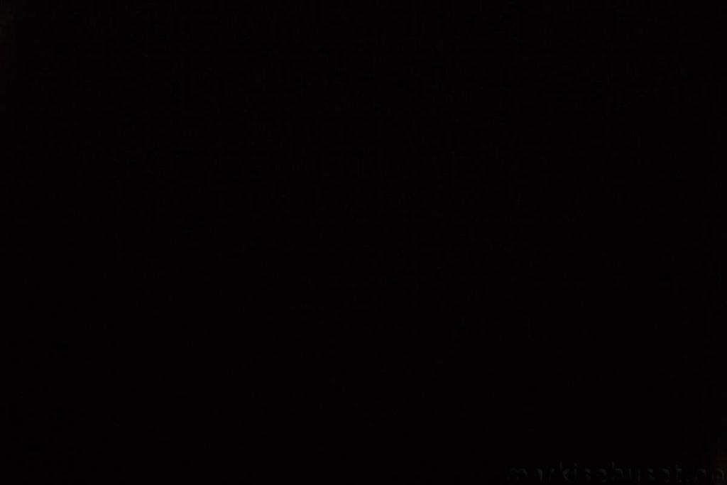 Rullegardin serien Lumina 244350-1502-1, bildet er tatt med lys bakfra.
