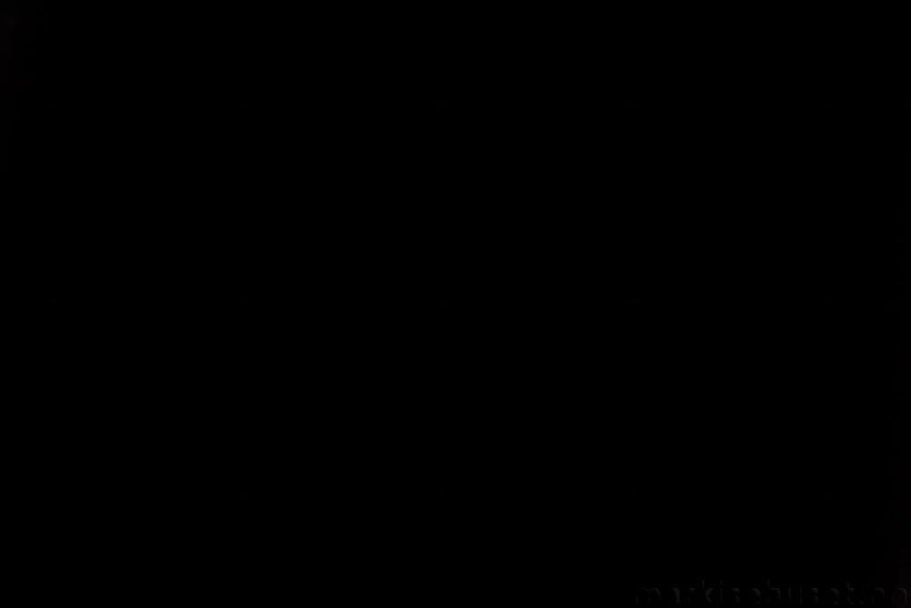 Rullegardin serien Lumina 244350-1888-1, bildet er tatt med lys bakfra.