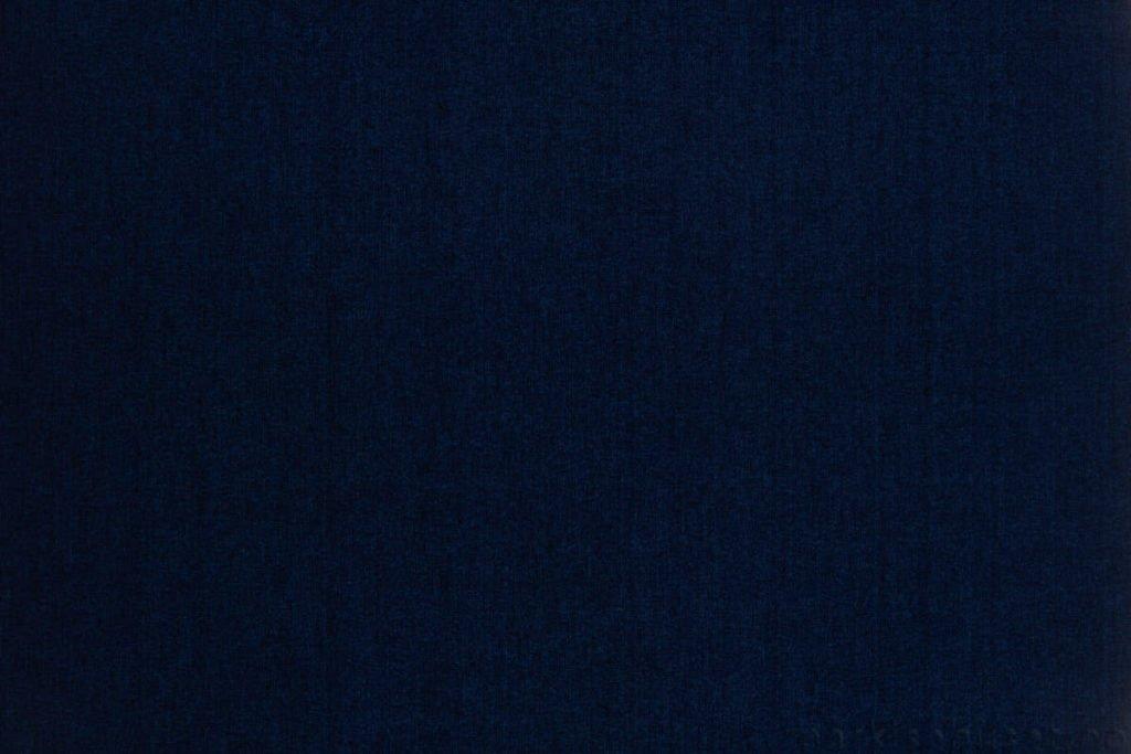 Rullegardin serien Lumina 244350-2478-1, bildet er tatt med lys bakfra.
