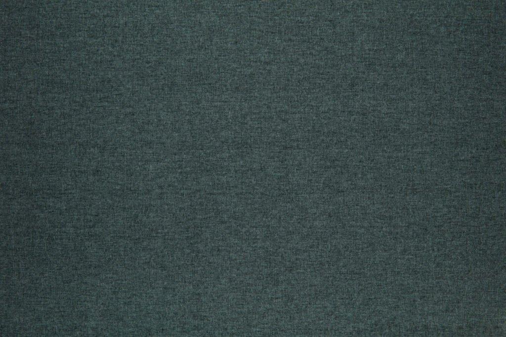 Rullegardin serien Lumina 244350-3111-1, bildet er tatt med lys bakfra.