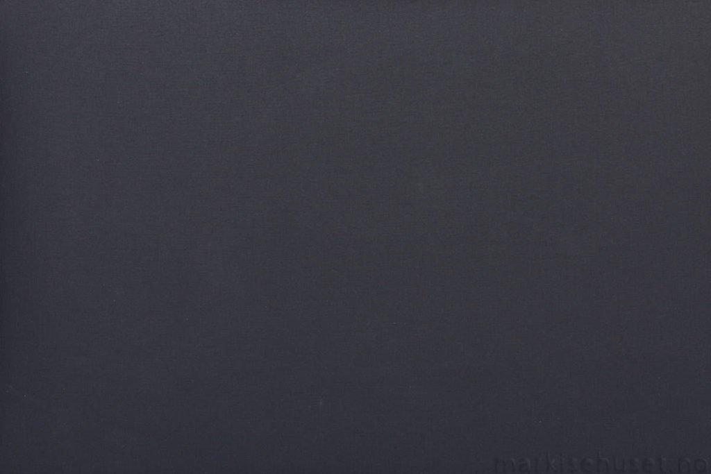 Rullegardin serien Oscura Alba 244470-1887-2, bildet er tatt med lys forfra.