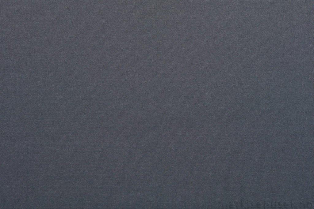 Rullegardin serien Panama PRO 1005-118108-5, bildet er tatt med lys forfra.